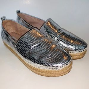 Steve Madden Pacificc Espadrille in Silver Snake